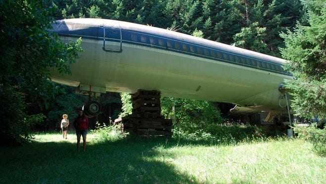 home airplane gossipamerica